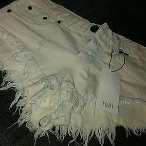NWT Tobi white frey denim shorts Size 25